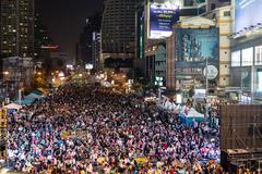 Thai people protest in bangkok Stock Photos