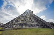 Stock Photo of el castillo chichen itza