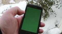 Käyttäminen Smart Phone Green Screen Arkistovideo