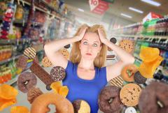 Ruokavalio nainen ruokakauppaan roskaruokaa Piirros