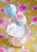 Flower cake pop Stock Photos