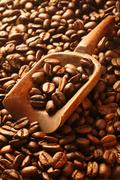 Aromatic fresh roasted coffee beans Stock Photos