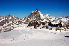 Zermatt ski resort, in background the matterhorn Stock Photos