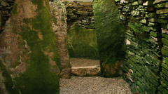 Unstan Cairn, a neolithic burial cairn in Orkney, Scotland Stock Footage