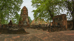 Ancient temple complex in ayuthaya, thailand Stock Footage