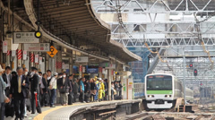 JR East Railway Yamanote Train Approaching Platform Stock Footage