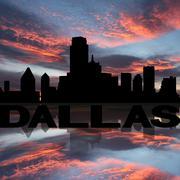 Dallas siluetti näkyy tekstin auringonlaskun kuva Piirros