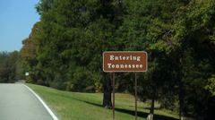 Entering Tennessee sign at the road Stock Footage
