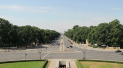 Germany Berlin Siegessaule (Victory Column) view west down Strase des 17 Juni Stock Footage