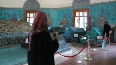 Turkey Bursa Yesil Turbe (Green Tomb)  w sarcophagi Stock Footage