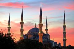 Illuminated blue mosque at sunrise, istanbul Stock Photos