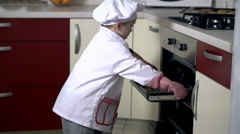 Problem with tray in oven Stock Footage