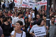 People join a protest against the Romanian Government Stock Photos