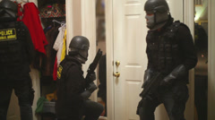 Police stake out hostage situation Stock Footage