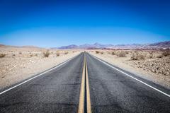 Road autiomaassa Kuvituskuvat