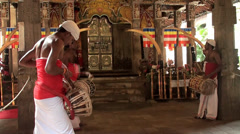 Inside the Temple of Sacred Tooth Relic (Kandy, Sri Lanka). Stock Footage