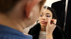 Master making a Wedding make-up Stock Footage