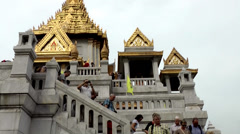 Thailand Bangkok 017 temple, golden rooftops and stairs with people Stock Footage
