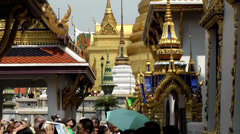 Thailand Bangkok 050 gold and magnificent in the royal palace Stock Footage