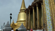 Stock Video Footage of Thailand Bangkok 057 gigantic golden buildings of royal palace