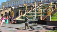 Closing ceremony of the fountains in the park Peterhof Stock Footage