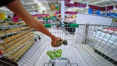 Trolley in a supermarket timelapse Stock Footage