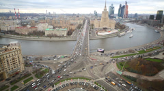 Wide high view of Moscow on Novoarbatsky bridge and hotel Stock Footage