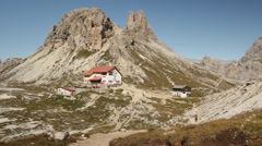 Rifugio di Lavaredo mountain refuge Stock Footage