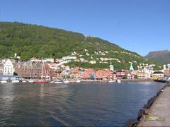 Pan Skyline Bergen Havn, Port, Bergenhus fortress and Bryggen hanseatic town Stock Footage