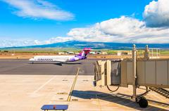 Hawaiian Airline Boeing 717-200 at Kahului Airport in Maui, Hawaii Stock Photos
