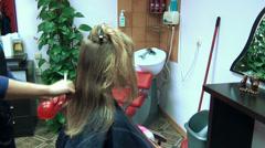 Barber woman hands cut customer hairs hairdresser salon Stock Footage