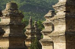 Pagoda metsä hautausmaan Shaoling temppeli, syntymäpaikka kung fu martial arts Kuvituskuvat