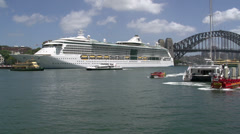 Tourism speedboats arriving and leaving Sydney Harbour Stock Footage