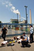 Greenpeace blocks entry to power station in south israel Stock Photos