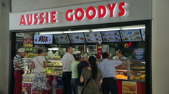 Aussie goodys, burger fast food, circular quay, sydney, australia Stock Footage
