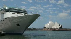 Opera house and cruise ship at circular quay, sydney, australia Stock Footage