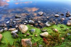 Hdr of a rocky river bank Stock Photos