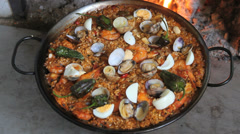 Paella Cooked -Paella cocinada Stock Footage