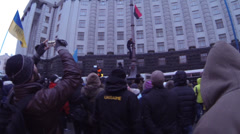 Strike in Ukraine - the overthrow of the Lenin monument. Stock Footage