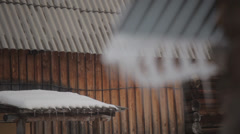 Refocus icicles Stock Footage