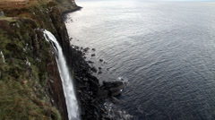 Mealt waterfall and kilt rock sill, trotternish peninsula, isle of skye Stock Footage