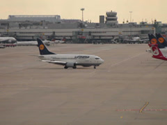 Lufthansa boeing 737-530 jet airplane d-abiw taxiing dusseldorf airport. Stock Footage