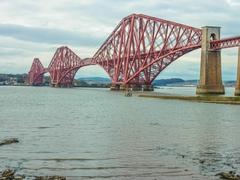 The forth railway bridge near edinburgh, scotland Stock Photos