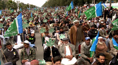 Crowds Demonstrate at Jamaat Islami Rally on Kashmir Day Stock Footage
