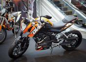 Bangkok - september 22: the ktm 200 duke, naked bike on display at the promen Stock Photos