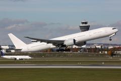Lentokone pois lentokentällä Kuvituskuvat