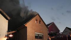 Brand eines Wohnhauses Stock Footage