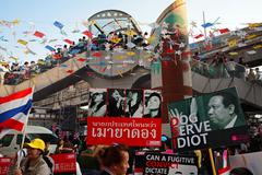 Anti governement plates to expel yingluck Stock Photos