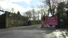 Road closed sign at godstow bridge Stock Footage