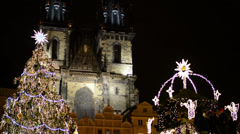 PRAGUE, CZECH REPUBLIC - DECEMBER 2013: Christmas Tree - on Old Town Square Stock Footage